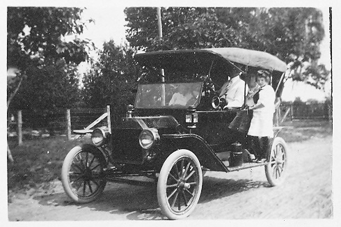 The Walker's First T Model Ford – noted 1915